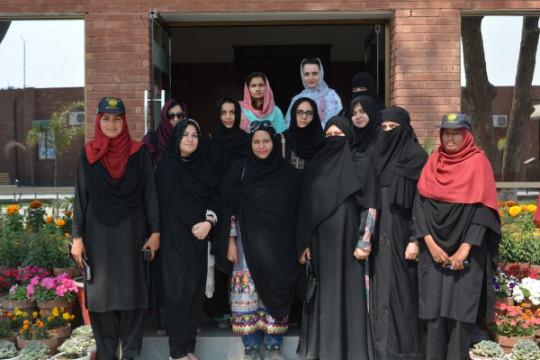 A Delegation of Eminent Ladies of Rahim Yar Khan Visit KFUEIT